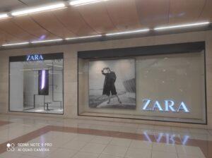 Nuevo montaje de escaparates de ZARA, realizado por GRAUGO